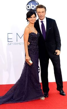 Emmy Awards, Alec Baldwin, Hilaria Thomas. Love everything about this. They both look gorgeous.