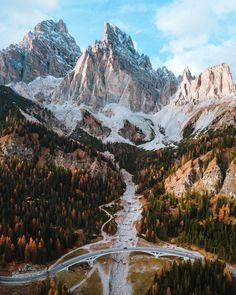Autumnal forest and the beautiful Italian Dolomites | premium image by rawpixel.com / Jack Anstey Landscape Photography Tips, Nature Photography, Travel Photography, Photography Photos, Photography Backdrops, Photography Business, Photography Exhibition, Photography Tools, Photography Accessories