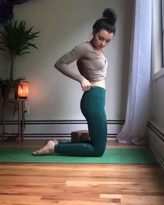 Fitness Workouts, Gym Workout Videos, Gym Workout For Beginners, Fitness Workout For Women, Fitness Tips, Wall Workout, Beginner Yoga Workout, Fitness Weightloss, Pilates Workout