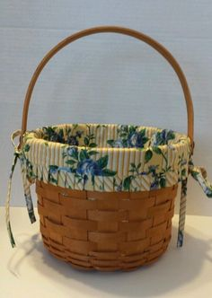 Fruit Basket Longaberger Med Retired Maple Splint  Rose Trellis Liner 1997 EUC #MediumFruitBasket