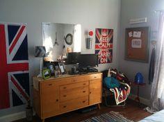 Teen bedroom makeover!  Benjamin Moore Sidewalk Gray
