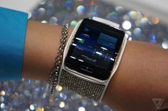 Samsung's Galaxy Note 4 and Gear S Swarovski editions scream of opulence   The Verge