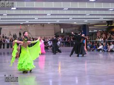 Robson Square Summer Dance Series June 28 -August 30 2013 Friday Nights 7:30 pm - 11:30 pm Vancouver