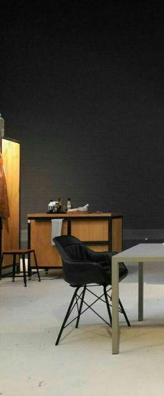 Noire noire cuir  buffle   dû argentin modifié fauteuils modèle siège Douglas dc dakota par Marcel ronda Maastricht