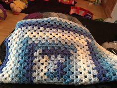 Blankets, Crochet, Blanket, Ganchillo, Cover, Crocheting, Comforters, Knits, Chrochet