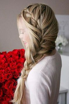 Roses and a beautiful hairstyle on @missysueblog <3