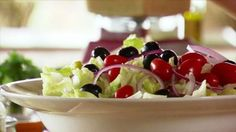 """Quick Italian Salad (Cowboy and Cowgirl Lunch) - """"The Pioneer Woman"""", Ree Drummond on the Food Network. Italian Salad Recipes, Salad Recipes Video, Salad Recipes For Dinner, Healthy Salad Recipes, Healthy Snacks, Vegetarian Recipes, Colby Jack, Ree Drummond, Paula Deen"""