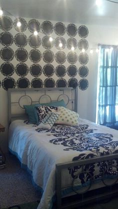 Love the design in this teen's room!