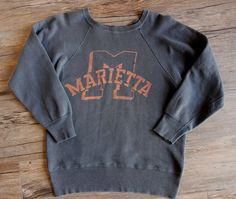 Vintage Type, Vintage Wear, Vintage Shirts, Vintage Outfits, Leavers Hoodies, Athletic Fonts, Diy Shirt, Print Logo, Apparel Design