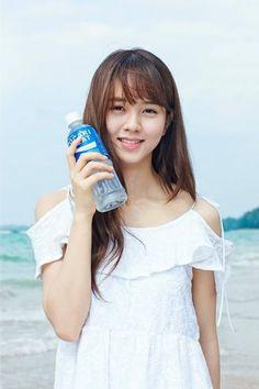 김소현, 광고 비하인드 컷 공개 '청순미 물씬' - Kim So Hyun