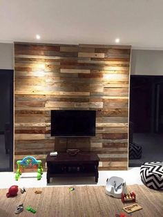 Pallet TV paneling wall - 20 Inexpensive Pallet Projects You Can Do | 99 Pallets