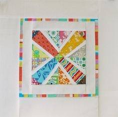 For Modern Quilt Bee 2011 - The Fab Hive Five Scrappy/Rainbow with white background made with this template Paper Piecing Patterns, Quilt Block Patterns, Pattern Blocks, Quilt Blocks, Small Quilts, Mini Quilts, Quilting Projects, Sewing Projects, Foundation Paper Piecing