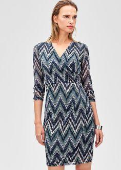 Cache-Coeur Kleid aus Mesh von s.Oliver. Entdecken Sie jetzt topaktuelle Mode für Damen, Herren und Kinder und bestellen Sie online.