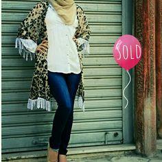 Sold Out   +962 798 070 931 ☎+962 6 585 6272  #ReineWorld #BeReine #Reine #LoveReine #InstaReine #InstaFashion #Fashion #Fashionista #FashionForAll #LoveFashion #FashionSymphony #Amman #BeAmman #Jordan #LoveJordan #ReineWonderland #Modesty #ReineWinterCollection #WinterCollection #layalicollection #Cardigan #FringeCardigan #Fringe #Leopard