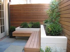 Take your patio layout design to the next level with our list of favorite ideas. Whether it is large patios, or fire pits you will find everything you need Backyard Seating, Garden Seating, Backyard Patio, Patio Courtyard Ideas, Courtyard Gardens, Back Gardens, Small Gardens, Outdoor Gardens, Back Garden Design