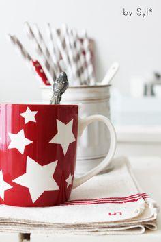 Sweet Country Life ~ Simple Pleasures ~ Country Kitchen ~ Emma Bridgewater star mug!