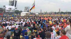 VIDEOS: Dedican Misa inaugural de JMJ 2016 a sacerdote asesinado por ISIS en Francia 26/07/2016 - 12:41 pm .- El Arzobispo de Cracovia (Polonia), Cardenal Stanislaw Dziwisz, presidió este miércoles la Misa inaugural de la Jornada Mundial de la Juventud (JMJ) 2016, la cual dedicó al P. Jacques Hamel, sacerdote asesinado esta mañana por el Estado Islámico (ISIS) en Francia.