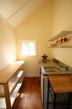 Tiny Guest House | Tiny House Swoon