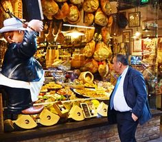 Bologna man with belly window shopping (550x483)