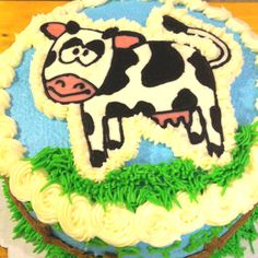 Cow cake I made. Cows are cute.