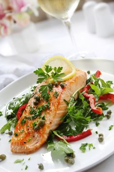 Juicy Grilled Salmon with Parsley Butter