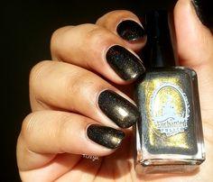 Pinezoe Blog Nail Art: Enchanted Polish - October 2014