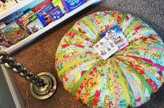 The whole family is going to love this cushion pattern like no other. Choose your brightest jelly roll quilt pattern and strip it to begin working on the Jammin Jelly Roll Quilt Floor Cushion.