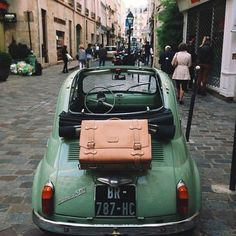 Fiat, Paris, Suitcases = perfection