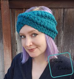 Keep those ears warm in what could be a very long winter (or chilly fall and spring seasons) with this very quick Crochet headband pattern. Crochet Unique, Quick Crochet, Love Crochet, Single Crochet, Double Crochet, Knit Crochet, Crochet Hats, Crochet Things, Crochet Basics
