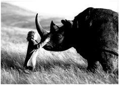 코뿔소와 한 아이