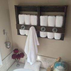 Knotty Pallet Industrial Pallet Towel Rack Shelves & Coat Hangers