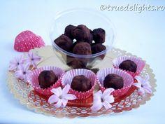 Trufe de post cu ciocolata si fructe uscate