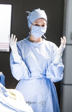 Doctors Korean Drama, Female Surgeon, Medical Photography, Romantic Doctor, Medical Photos, Beautiful Nurse, Medical Wallpaper, Nurse Art, Medicine Student