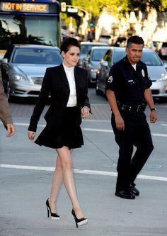 Kristen Stewart  Kristen Stewart wore Stella McCartney blazer to the premiere of Snow White And The Huntsman in Los Angeles.