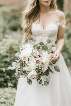 Gorgeous Bouquet of Roses, Peonies, Berries & Eucalyptus www.weddingandevents.co.uk Peony Bouquet Wedding, Blush Bouquet, Blush Wedding Flowers, White Wedding Bouquets, Bride Bouquets, Bridal Flowers, Floral Wedding, Wedding Dresses, November Wedding Flowers