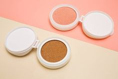 tonal foundation and highlighter base for makeup in the form of a