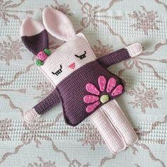 Günaydıın... Pattern: @spinayarncrochet #amigurumi #croched #amigurumirabbit #handmade #elişi #örgü #tavşan http://turkrazzi.com/ipost/1517251417792885750/?code=BUOXCAwgLP2