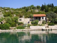 #Holidayhouse Ante Jelic is located in a nice, quiet #bayŽešnja, near the #marinaZut on the #islandZut.  Island #Zut, is located only 16 miles from #Murter (one and a half hours boat ride). The #accommodation is ideal for #boaters, lovers of natural beauty and #Robinsonvacation For more info about #VacationrentalsonislandZut visit http://www.croatia-accommodation.info/croatia-accommodation/north_dalmatia_region_sibenik/zut_island_zut and #bookvacationrentalsinZut