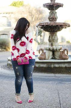 Curvyhipsandtintelips, Valentine's Day, plus size, fashion, casual fashion, street wear