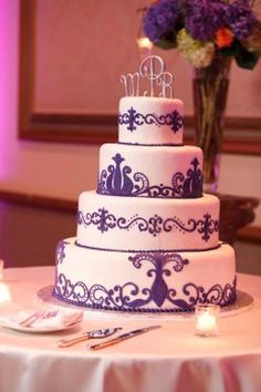 wedding cakes purple and white 1000 images about purple wedding on purple 25323