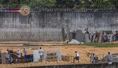Brasil: Presos voltam aos telhados da Penitenciária de Alcaçuz - RN. Os presos da Penitenciária Estadual de Alcaçuz, em Natal (RN), retornaram hoje (17) ...