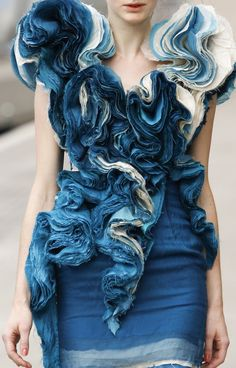 Textured Ruffles elegant rippled textures - creative textiles in fashion design // Felicity Brown S/S 2011 - Fabric manipulation.