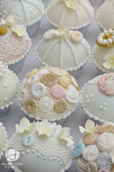 Cupcakes.These look pretty.Please check out my website thanks. www.photopix.co.nz