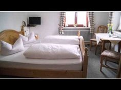 Pension Sagberg - Frasdorf - Visit http://germanhotelstv.com/restaurant-gasthof-sagberg Overlooking the Chiemgau countryside this family-friendly non-smoking hotel in Frasdorf offers a shared balcony and terrace and country-style rooms. It lies just 7 km from Lake Chiemsee. -http://youtu.be/-5vLtyMHjsY