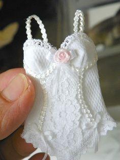 corsetto in miniatura in scala 1/12