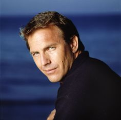 Kevin Costner - Acteur, o. in Dances With Wolves Kevin Costner, Richard Gere, Anthony Hopkins, Marlon Brando, Steve Mcqueen, Brad Pitt, Dances With Wolves, Actrices Sexy, Star Pictures