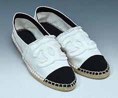 Zapatillas Chanel, Ropa Jewlery, Queridos Zapatos, Galería De Zapatos, Belleza De La Moda Del Estilo, Estilo Secreto, Rene, Morir Por, Alpargata Espadrille