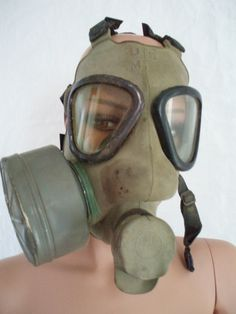 US military WWII gas mask snout type M57C1