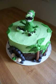 I wonder if my children would eat cake if I made this? :)