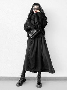 All Black Fashion, Monochrome Fashion, All Black Outfit, Minimal Fashion, Curvy Fashion, Fall Fashion, Alternative Outfits, Alternative Fashion, Cute Casual Outfits